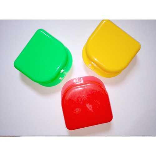 Maxill Retainer Boxes - Yellow (20pcs/pk) 79mm x 84mm x 28 mm